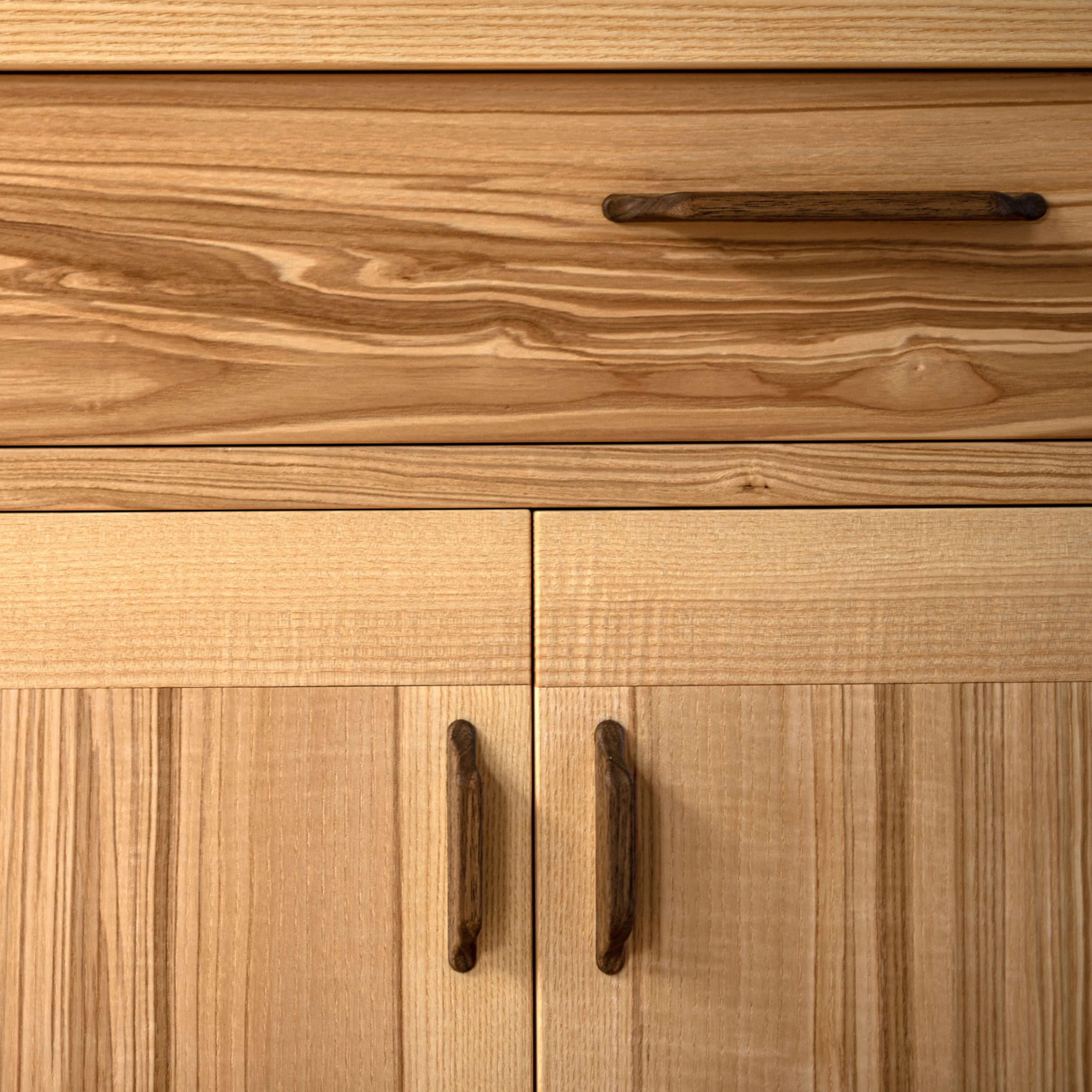sideboard_cabinet-107-q